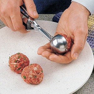 You could use a tablespoon or ice cream scoop to get 16 meatballs with perfectly-sized.